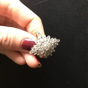 Silver Cluster Flower Ring